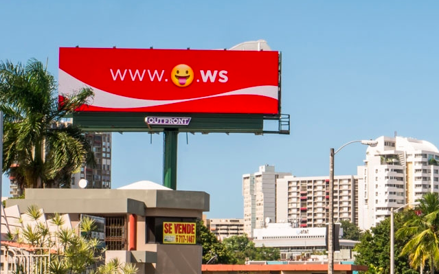Coke-Emoji-Campaign