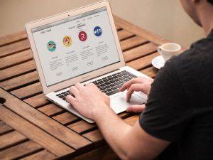 translating-website-on-computer